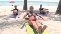 Séance Abdos pour femmes à la plage